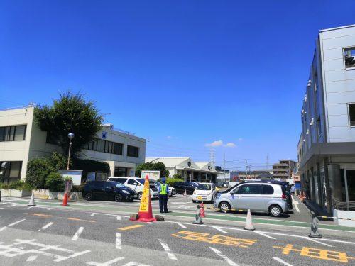 ユーザー車検で駐車場に車を止める